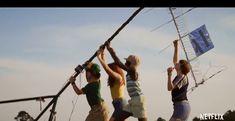 Gaten Matarazzo, Sadie Sink, Caleb McLaughlin, Noah Schnapp in season 3 of Stranger Things. Netflix Trailers, Joe Keery, Stranger Things Season 3, Will Byers, Sadie Sink, Episode Guide, Netflix Originals, Picture Video, Good Things