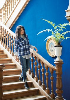 Stunning Designers Guild flocked wallcovering in powerful cobalt