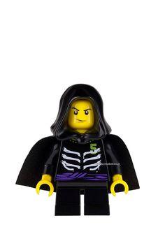 Lego Hulk, Lego Ninjago Lloyd, Lego Custom Minifigures, Ninjago Memes, Surprise Cake, Bouncy Castle, Cool Lego Creations, 6th Birthday Parties, Akatsuki