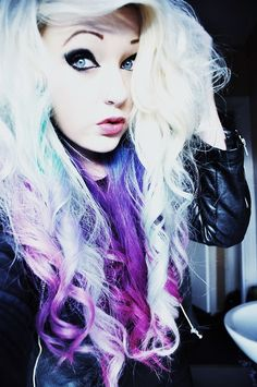 Her hair is so wild. I absoulutely love it though.