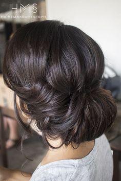 Wedding, mariage, love, amour, couple, weddingphotography, weddingdress, ceremony, hairstyle, brunette, bun, chignon