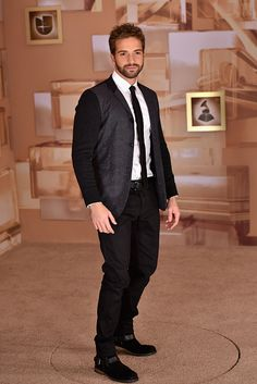 Singer Pablo Alboran attends the annual Latin GRAMMY Awards at the MGM Grand Garden Arena on November 20 2014 in Las Vegas Nevada Mgm Grand Garden Arena, Man Candy, My Boys, Las Vegas, Men's Fashion, Underwear, Singer, Artists, Iphone