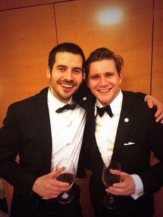 ''Downton Abbey'' Allen Leech as Tom Branson and Rob Collier as Thomas Barrow Being Best Friends unlike on the Series. Gentlemans Club, Downton Abbey Cast, Branson Downton Abbey, Downton Abbey Thomas, Rob James Collier, Allen Leech, Dowager Countess, Lady Mary, Star Wars
