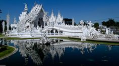 white-temple-chiang-mai
