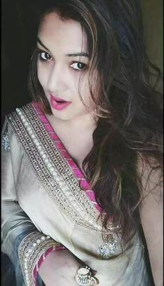 Hot Model and Actress collection Pakistani Wedding Outfits, Pakistani Girl, Stylish Girls Photos, Stylish Girl Pic, Dehati Girl Photo, Indian Girls Images, Stylish Dpz, Beautiful Girl Image, Beautiful Lips