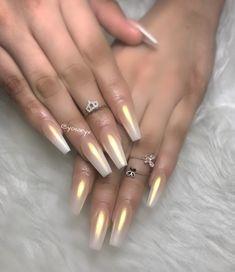 Ombré gold nails ⚜️