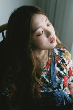 Welcome to SKL, your online source for everything related to the talented model-turned-actress from South Korea, Lee Sung Kyung. Hope you come back for your daily dose of this beauty!