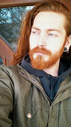 Ginger Beard Ideas 2020 Daily Dose Of Awesome Beard Style Ideas From Beardandbiceps Of 88 Awesome Ginger Beard Ideas 2020 Ginger Boy, Ginger Beard, Ginger Hair, Red Hair Men, Long Red Hair, Great Beards, Awesome Beards, Hair And Beard Styles, Long Hair Styles