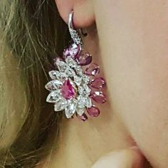 @v.a.kfinejewels. #rosecutdiamonds #pinksapphires #earrings