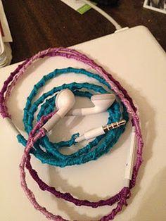 Thread Wrapped Headphones:: WITH TUTORIAL. via girlvscraft.com