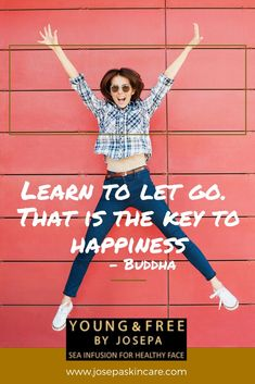 10 Quotes about Happiness to Brighten Your Day Happy Quotes, Positive Quotes, Motivational Quotes, Life Quotes, Inspirational Quotes, Empowerment Quotes, Women Empowerment, Self Esteem Quotes, Quotes Motivation