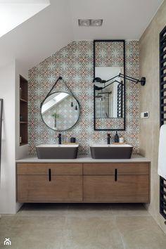 willa w Krakowie - Średnia łazienka na poddaszu w domu jednorodzinnym z oknem, styl eklektyczny - zdjęcie od double look design - homebook