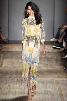 Jenny Packham Spring 2015 Ready-to-Wear - Collection - Gallery - Look 1 - Style.com