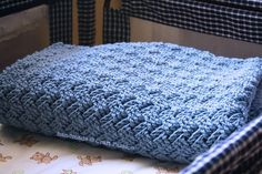 Free Crochet Basket Weave Baby Blanket Pattern & Tutorial