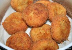 Jednoduché syrové fašírky Sliced Potatoes, Mashed Potatoes, Hush Puppies Recipe, Turkish Recipes, Ethnic Recipes, Fries Recipe, Albondigas, Garlic Salt, Cornbread