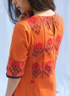 Silk Kurti Designs, Simple Kurta Designs, Kurta Designs Women, Neck Designs For Suits, Neckline Designs, Sleeves Designs For Dresses, Kurti Sleeves Design, Kurta Neck Design, Stylish Kurtis Design