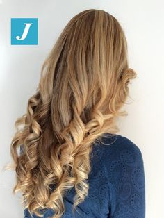 Sfumature di stile firmate Degradé Joelle. #cdj #degradejoelle #tagliopuntearia #degradé #welovecdj #igers #naturalshades #hair #hairstyle #haircolour #haircut #fashion #longhair #style #hairfashion