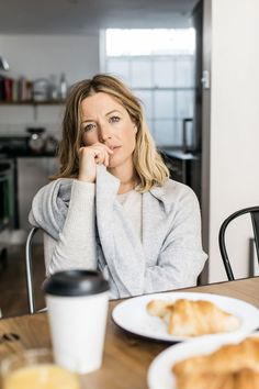 Dress for Rest – Style Memos Hair Up Styles, Winter Mode, Braided Hairstyles, Blonde Hairstyles, Nautical Fashion, Love Hair, Fashion Over 50, Hair Today, Hair Dos
