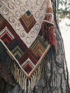 SvetlanaTomina's Minerals. Knitted Shawls, Crochet Scarves, Crochet Shawl, Crochet Clothes, Knit Crochet, Knitting Stitches, Knitting Patterns, Crochet Patterns, Crochet Crafts