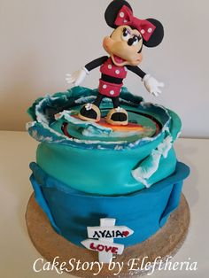 Minnie_cake_serfing_by Eleftheria Tarrou