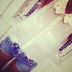 love this shirt and the micro shorts :)
