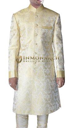 This Ravishing Golden-Cream Jodhpuri Sherwani is made from brocade fabric and features the fashionable Mandarin collar. Sherwani Groom, Wedding Sherwani, Indian Groom, Indian Suits, Wedding Wear, Wedding Groom, Indian Fashion, Mens Fashion, Groom Fashion