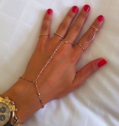 Want this bracelet ring chain!