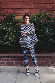The Man Repeller: look mezcla de estampados