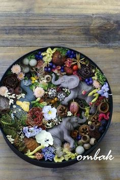 box flower with animals