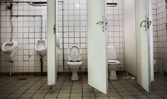 Mini'en, Fatter'n og ett Offentleg Toalett… Mini S, Toilet, Boden, Flush Toilet, Toilets, Toilet Room, Bathrooms