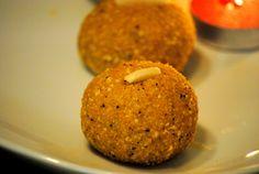 Diwali ke Ladoo (Ladoos for Diwali)