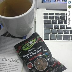 """#Repost @tanya_ashara  4pm snack time... ☕️ #rawchocolate #licoricetea #cacao"""