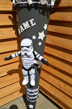 """Exklusive handgefertigte Schultüte **_""""Stormtrooper"""" - Star Wars Rebels_** Diese zauberhafte Schultüte lässt die Herzen kleiner Star Wars Fan`s höher schlagen. Der Rohling ist doppelt..."""