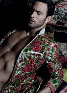 that jacket Noah Mills for Dolce & Gabbana Matador Costume, Noah Mills, Look Man, Fashion Forecasting, Hommes Sexy, Male Beauty, Male Models, Beautiful Men, Sexy Men