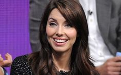 Whitney Cummings Plastic Surgery Before and After the Procedure Whitney Cummings, Ivy League, Cool Hair Color, Hard Times, Plastic Surgery, Funny People, Comedians, Cool Hairstyles, Hair Makeup