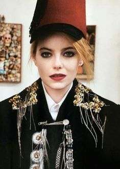 We publish various actor, actress, singer and many other star biography and star net worth and Emma Stone Bikini, Emma Stone Boyfriend, Love Magazine, Celebrity Biographies, Net Worth, Bra Sizes, Peeps, Singer, Actresses