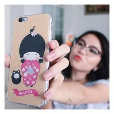 SELFIE ••• Costumize your own case at @lipolipp