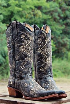 Dirt Road Anthem Boot by Corral $139.99! #southernfriedchics #boots #corral