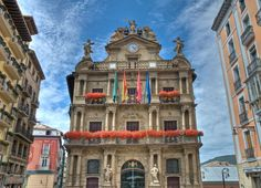 Place: Ayuntamiento (town hall) Pamplona / Navarra, Spain. Photo by: Jérome Cousin (flickr)