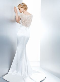 GWENDOLYN - Wedding Gown / 2013 Collection - by Matthew Christopher - Available colours : White & Off White (back)