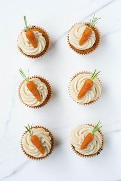 Carrot Cake Cupcakes { #vegan & #glutenfree }