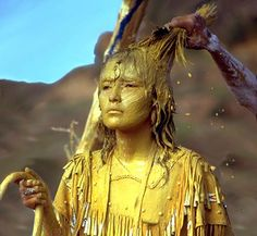 Apache girl at the Sunrise Ceremony (na'ii'ees), a coming-of-age rite. Girls being initiated into womanhood are painted with a sacred. Native American Beauty, Native American Tribes, Native American History, Apache Indian, Native Indian, Indian Tribes, Native Art, First Nations, Rite Of Passage