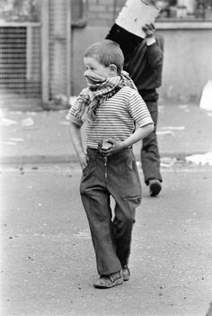 Londonderry, 1979  Peter Marlow. British Occupied North of Ireland