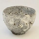 Straw Ashes Glaze Chawan / Vessel Ryusuke Asai click the image or link for more info. Glazes For Pottery, Ceramic Pottery, Pottery Art, Pottery Sculpture, Slab Pottery, Ceramic Sculptures, Pottery Studio, Pottery Ideas, Ceramic Bowls