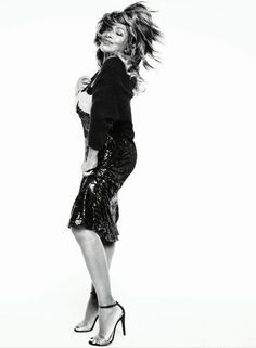 Tina Turner for Vogue. Slaying at 73.