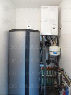 Alweer een warmtepompinstallatie van CIA solutions, een General Fujitsu Waterstage Warmtepomp in combinatie met vloerverwarming en een sanitaire boiler