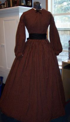 Past Patterns fitted bodice pattern.  Skirt is four panels wide.