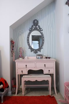 subtle parisian big girl bedroom- pale ballet pink & grey