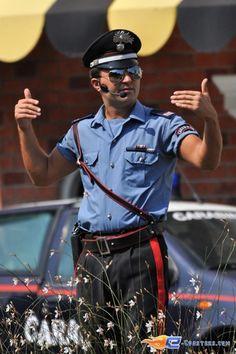 57/221 | Photo du stunt show, Scuola di Polizia situé à Mirabilandia (Italie). Plus d'information sur notre site http://www.e-coasters.com !! Tous les meilleurs Parcs d'Attractions sur un seul site web !! Découvrez également nos vidéos du show à ces adresses : http://youtu.be/DB4UCC9a3J0 & http://youtu.be/4F9wptkq8Uc