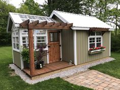 Easy to build a DIY greenhouse for your backyard. Put on your favorite garden shoes and get to it! If you're a serious gardener, you would love to get your hands on a greenhouse. So check out these easy ideas for a DIY greenhouse! Backyard Greenhouse, Greenhouse Plans, Backyard Sheds, Backyard Landscaping, Shed With Greenhouse, Backyard House, Storage Shed Landscaping Ideas, Garden Shed Exterior Ideas, Tiny House Exterior